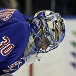 Rangers' Lundqvist keeps his eye on the prize