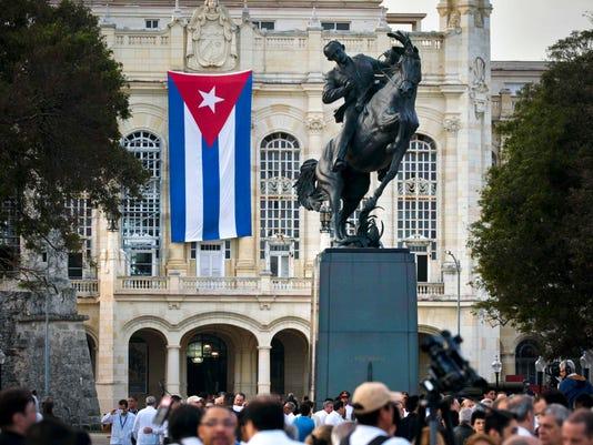 AP CUBA MARTI STATUE I CUB