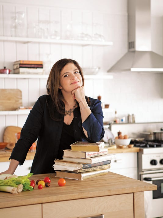636378710397487245-Alex-Guarnaschelli.jpg