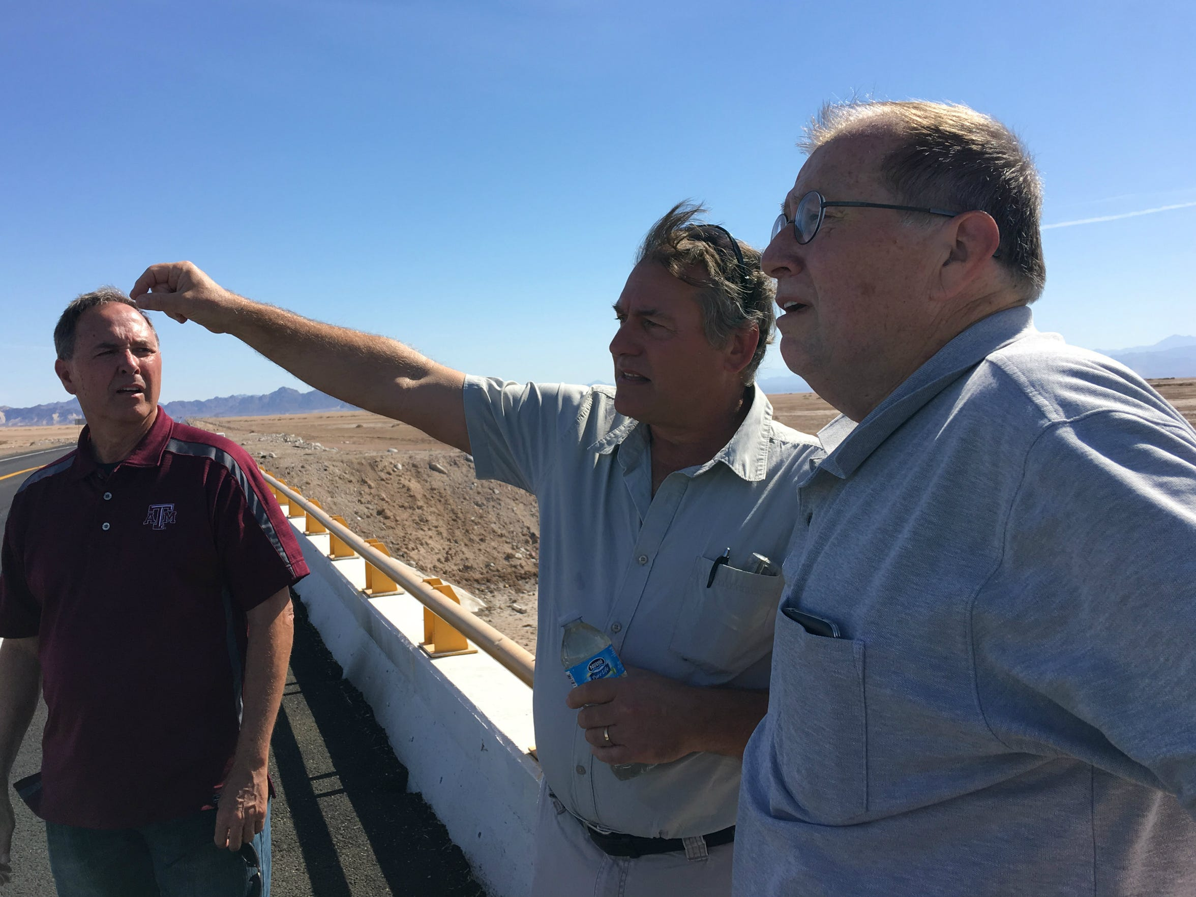 Bruce Wilcox, the assistant secretary for Salton Sea policy, and Tom Sephton, who runs a desalination plant in the Salton Sea, look toward the Sea of Cortez. Wilcox visited Mexico to meet with people who want to import water to the Salton Sea.