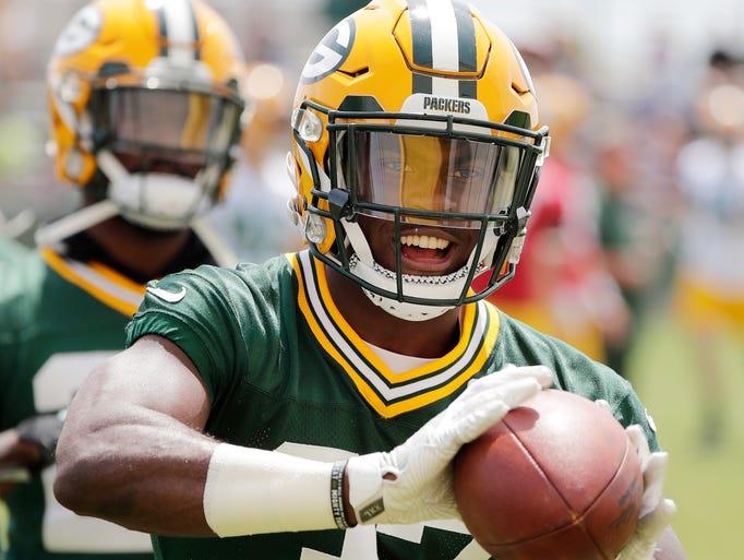 Green Bay Packers cornerback Josh Jackson (37) runs
