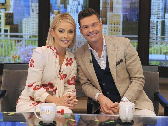 TV Kelly Ripa Co-host