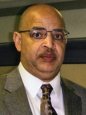 Michael Bonds, Milwaukee School Board member