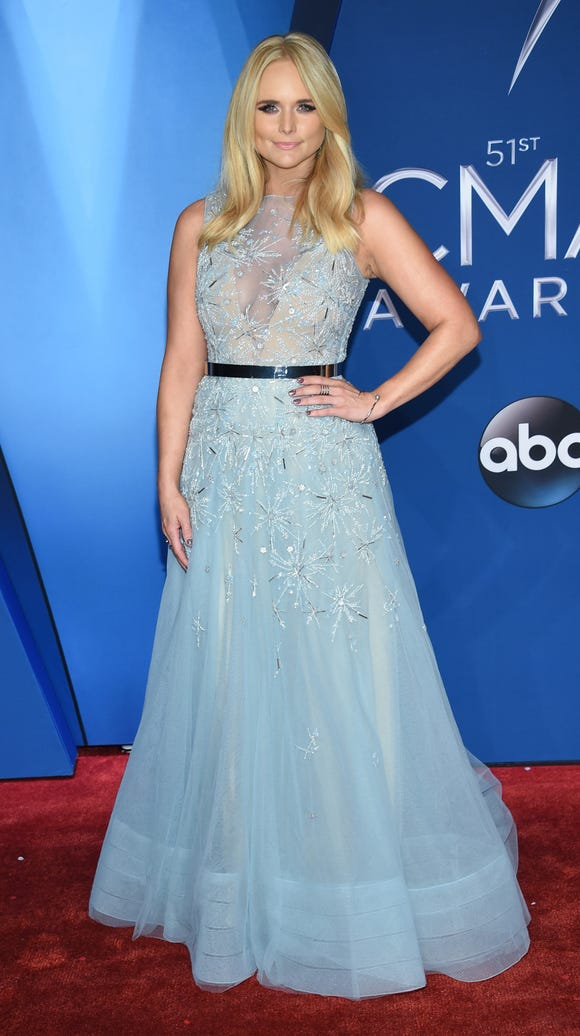 Miranda Lambert giving off princess vibes.