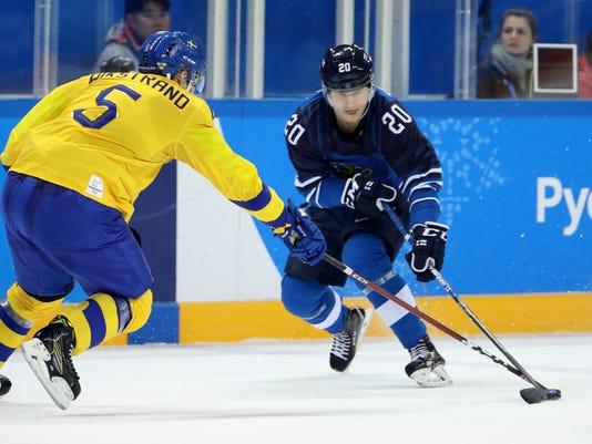 Olympics: Ice Hockey-Men Team Group C - SWE-FIN