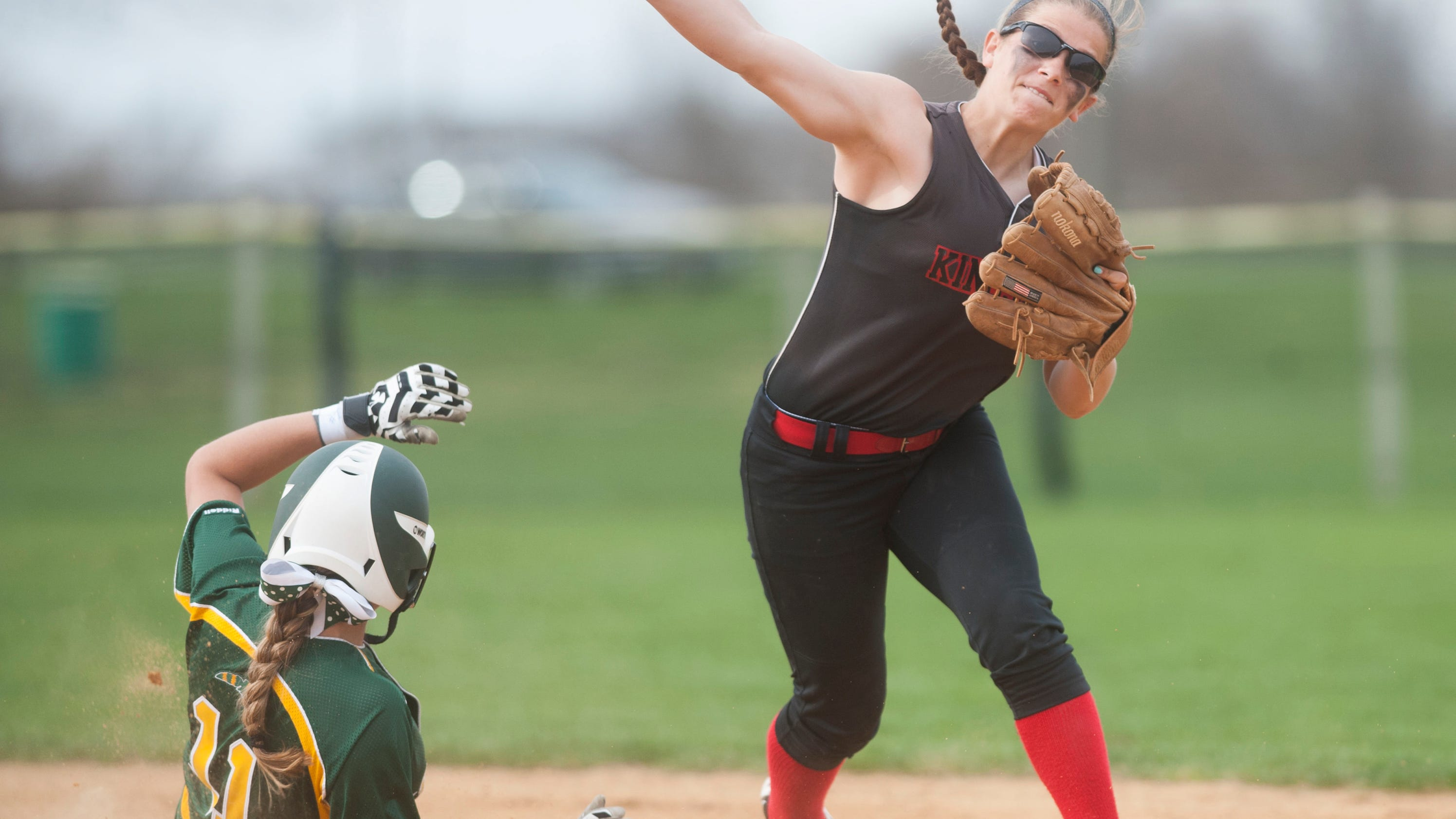 Kingsway Dragons softball team aims for South Jersey crown