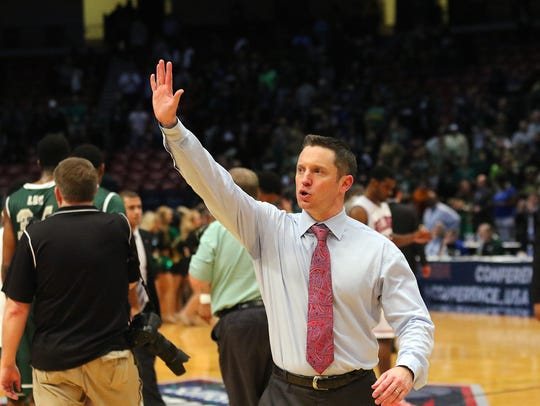 Former Louisiana Tech coach Michael White thanks Bulldog