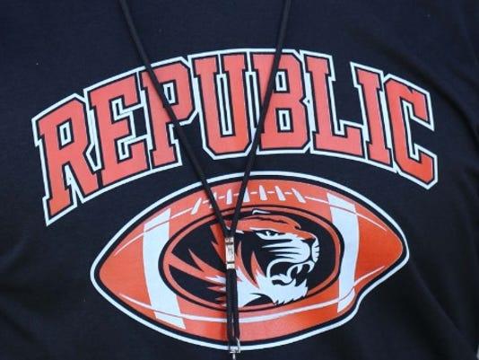 636201853092164159-Republic-logo.jpg