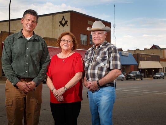 """Mayor Scott Bundt, Renae Jacobsen, and Dwain """"Dewey"""""""