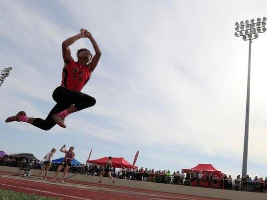 636627969318633983-GPG-TrackSectionals-052418-ABW2002.jpg