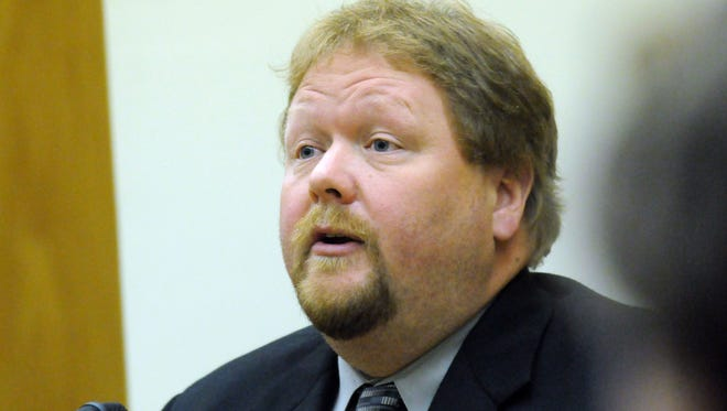 Greg Weitz testifies on the first day of Lord Wilson's drug trial on Sept. 24, 2012, at a Winnebago County Circuit Court.
