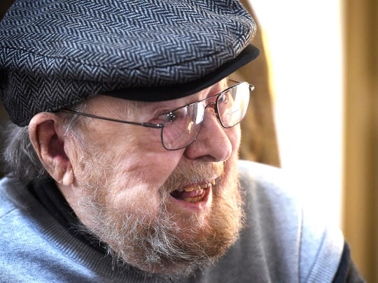 Country/Bluegrass Hall of Famer Mac Wiseman chuckles,