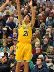 Vermont Catamount wing Everett Duncan redshirted during