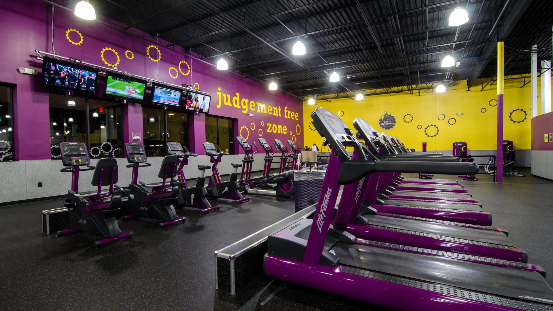 Planet Fitness To Offer Free At Home Workout Classes Online