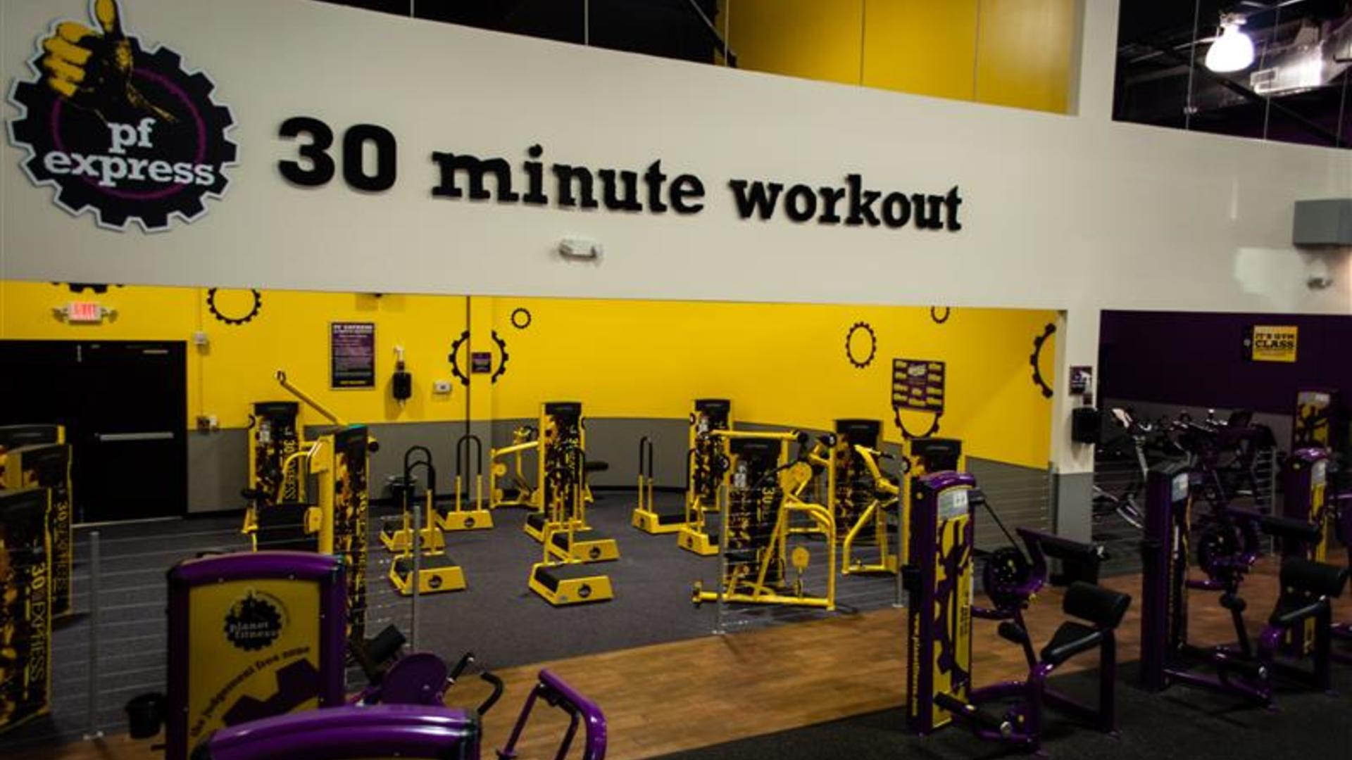 Planet Fitness 222 Photos 110 Reviews Gyms 1175 W March Ln Stockton Ca Phone Number Yelp