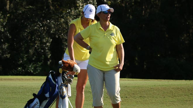 Maria Lopez started the Embry-Riddle women's golf program in 2000.