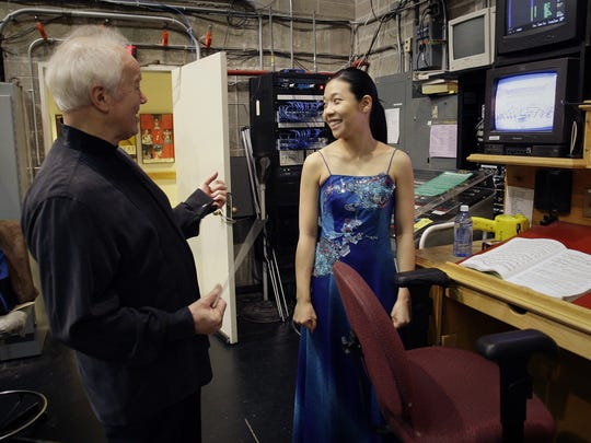 Music Director Edo de Waart chats with piano soloist Joyce Yang before a 2009 concert. De Waart's connections and reputation brought many prominent soloists to Milwaukee.