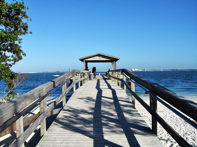 Sandalfoot beachfront condominium for Sanibel fishing pier