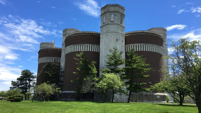 Greater Cincinnati Water Works representatives floated proposals to either demolish or renovate six water tanks in Mt. Airy built in 1927. The 8.5 million-gallon capacity water tanks are a community landmark at Colerain Avenue and North Bend Road.