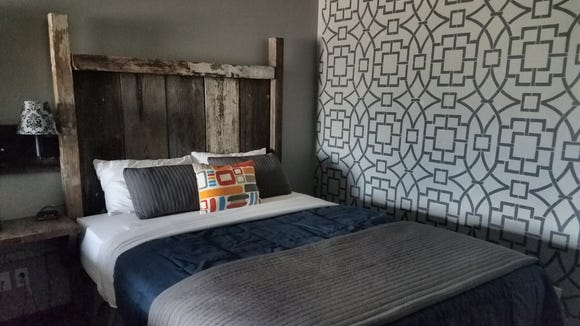 The Vintage Block Inn & Suites in Okoboji, IA offers