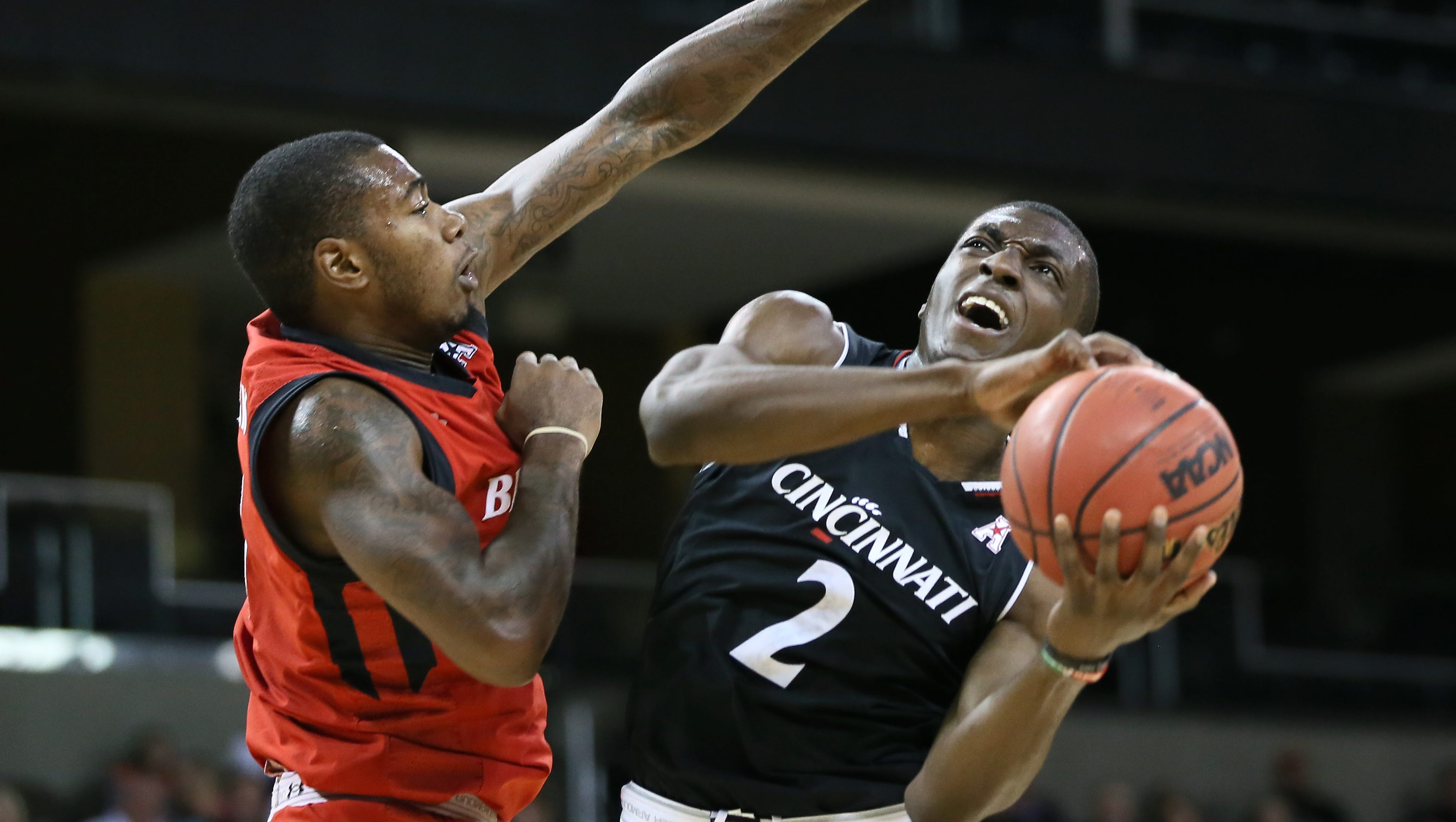 UC shows firepower in Red-Black basketball scrimmage