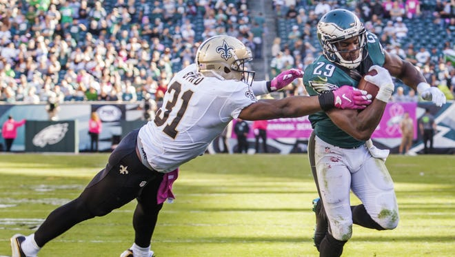 Philadelphia Eagles running back DeMarco Murray breaks an arm tackle from New Orleans Saints safety Jairus Byrd in the fourth quarter of the Eagles 39-17 win over the Saints at Lincoln Financial Field on Sunday.