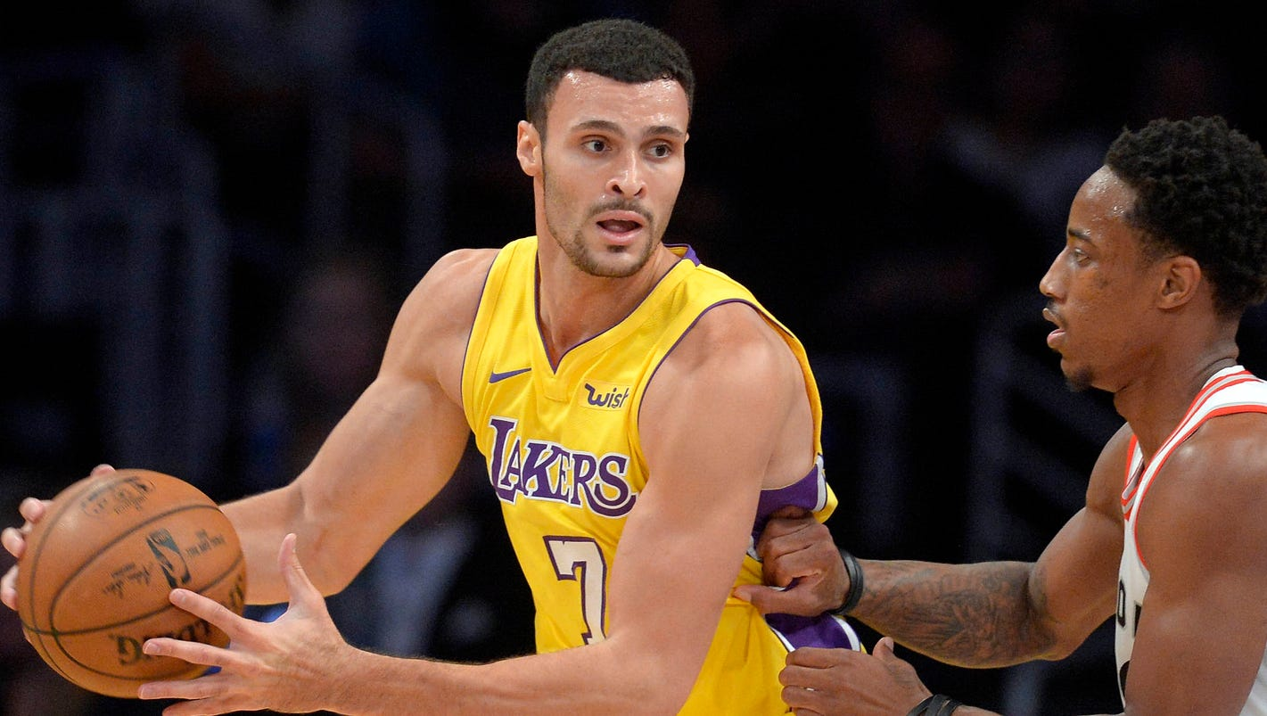 Lakers Larry Nance Jr out 4 6 weeks after hand surgery