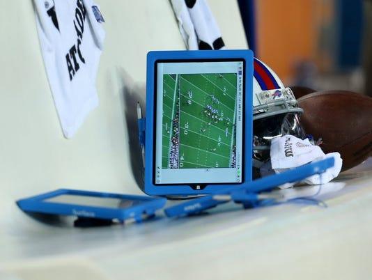 10-21-15-NFL-computer