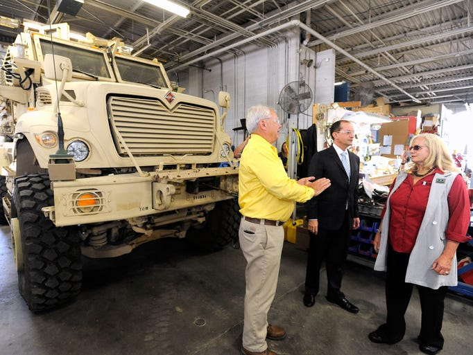 U s secretary of labor alexander acosta tours milton for Alexander manufacturing company