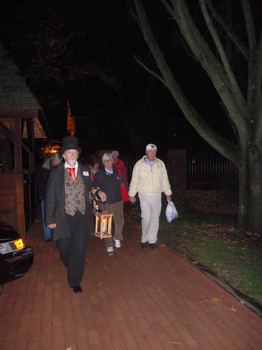 Historic Roscoe Village Coshocton Ohio Spirit Tour during the Apple Butter S.jpg