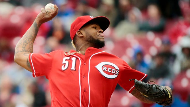 Cincinnati Reds pitcher Lisalverto Bonilla (51) delivers a pitch in the top of the seventh inning against the Chicago Cubs.