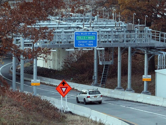 The New York State Thruway electronic toll gantry on