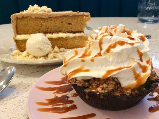 Banana cream pie in chocolate cookie crumb crust with