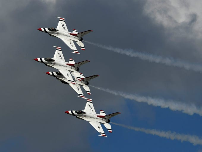 The crowd watches the Thunderbirds perform on Day 2