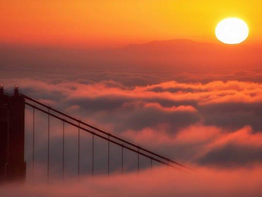 reader-moir-golden-sunrise
