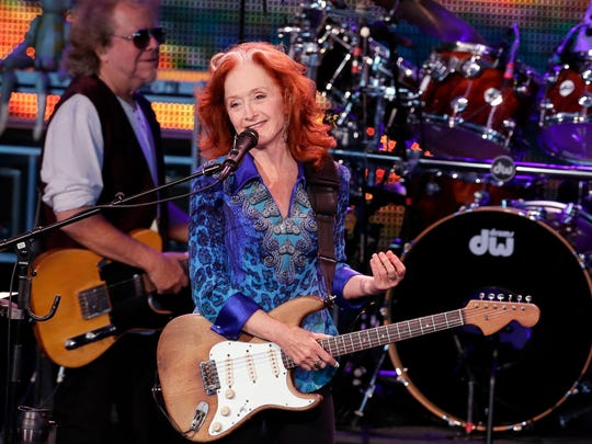 Bonnie Raitt opens for James Taylor at the American