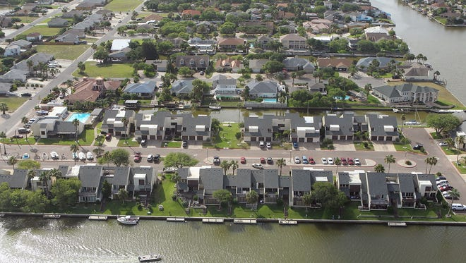 TODD YATES/CALLER-TIMES Padre Island neighborhoods, 2013