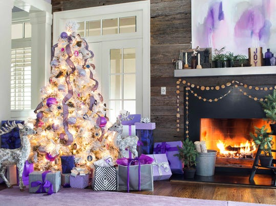 Homes_Designer_Christmas_Trees__datkinso@thenorthwestern.com_4.jpg