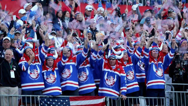 CHASKA, MN - SEPTEMBER 30:  United States fans cheer at the first tee during morning foursome matches of the 2016 Ryder Cup at Hazeltine National Golf Club on September 30, 2016 in Chaska, Minnesota.  (Photo by David Cannon/Getty Images) ORG XMIT: 672194183 ORIG FILE ID: 611542178