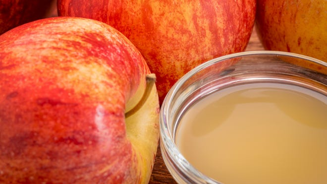 An apple a day is more beneficial than a daily tablespoon of apple cider vinegar, registered dietitian says.