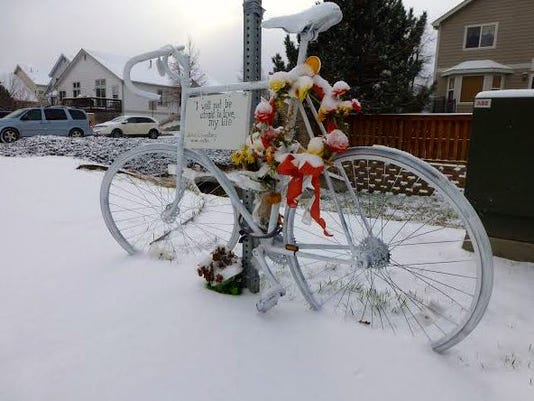 ghost_bike_snow.JPG