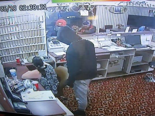 636306875767082053-pursuit-robbery-crop.jpg