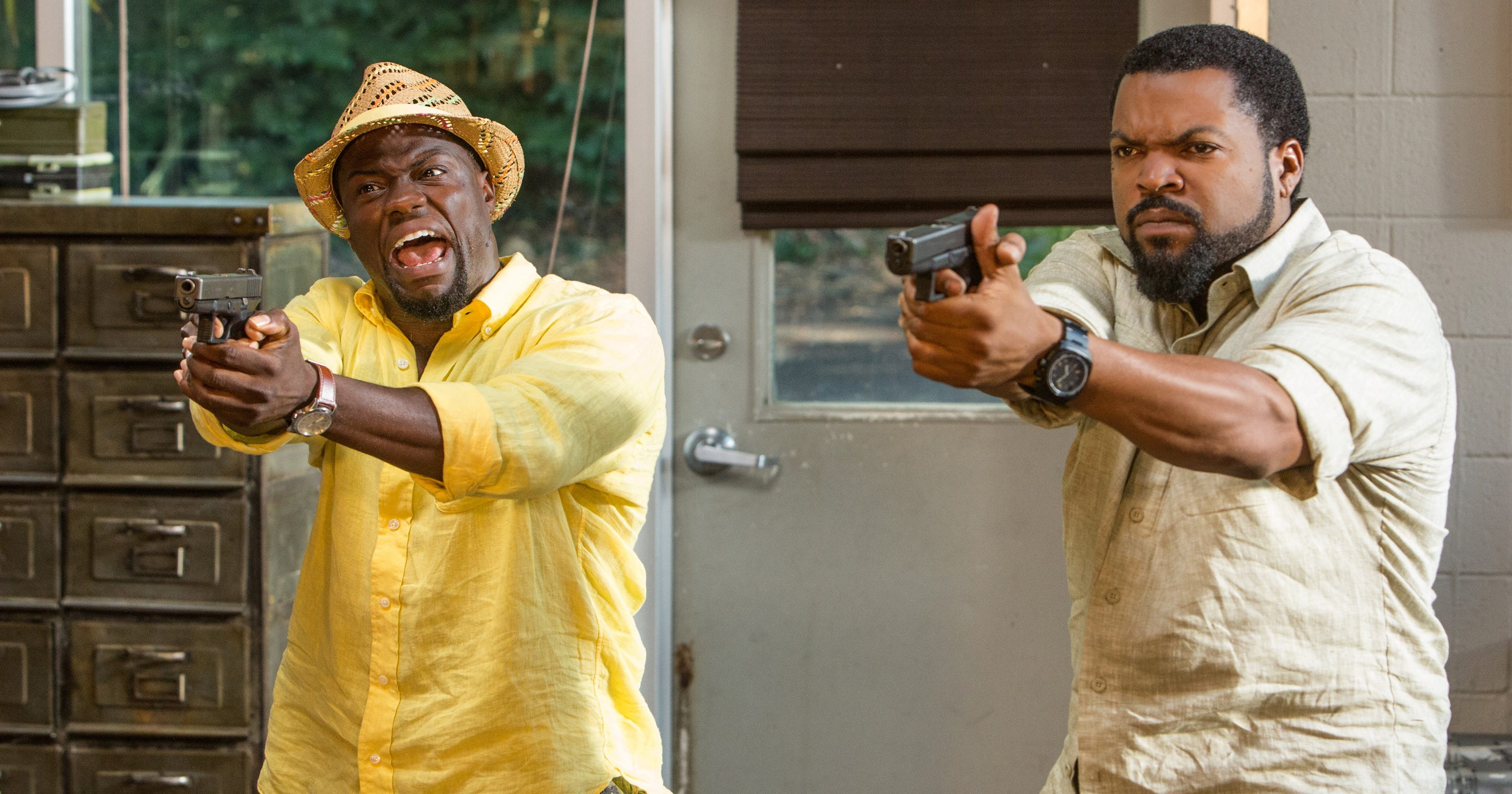review ice cube and kevin hart in dumb ride along 2. Black Bedroom Furniture Sets. Home Design Ideas