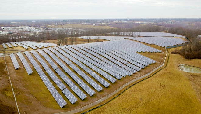 Duke Energy's new Walton solar power electric-generating arrays in Kenton County cover 60 acres with 17,000 solar panels.