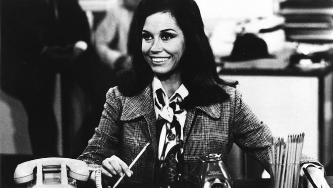 "Mary Tyler Moore appears as Mary Richards in the series premeir of ""The Mary Tyler Moore Show."""