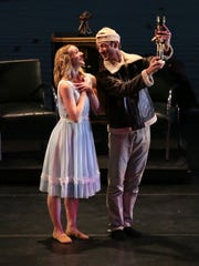 Neos Dance Theatre presents A 1940s Nutcracker ballet in 2016.