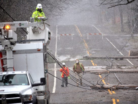 Verizon and RG&E work on East Avenue in Pittsford.