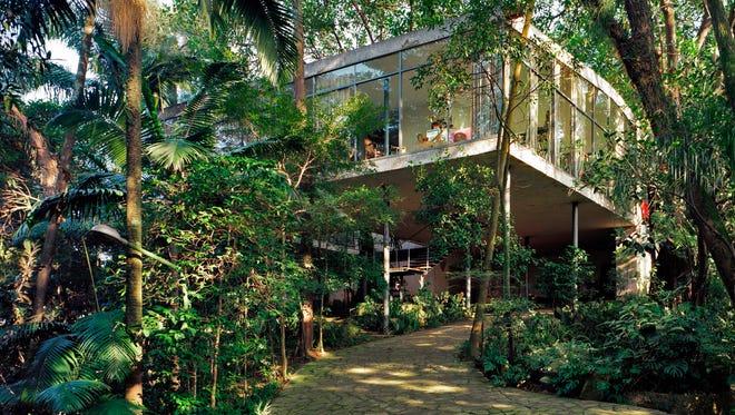 Lina Bo Bardi, Bardi House (Casa de vidro), São Paulo, Brazil, 1949- 1952, view from the northeast