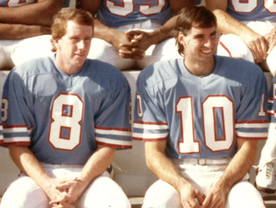 1982 Tennessee Oilers Archie Manning (8) Oliver Luck