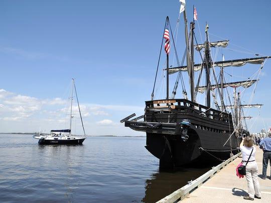 AP_Columbus_Ships